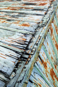 Structure and color on the roof of a mountain hut