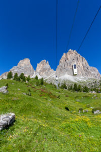Sassolungo cable way with the Sassolungo mountain group (Langkofel) in the background, Sella Pass, Dolomites, Italy