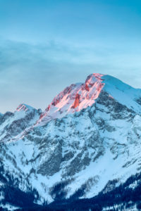 Sunrise on the Hoher Goell / Hoher Göll mountain, Berchtesgaden Alps, on the border of Bavaria and Salzburg, Austria / Germany, Europe