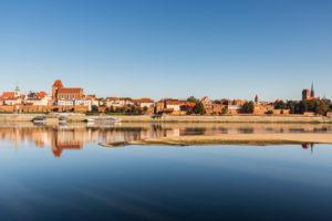 Europe, Poland, Kuyavian-Pomeranian Voivodeship, Torun / Thorn - Old Town seen from the Vistula