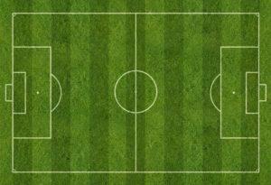 Internationales Fussballfeld mit Rasen und Linien, Plan von oben