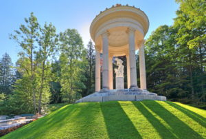 Venus temple in the castle grounds of castle Linderhof, parish of Ettal, Ammertal, Ammergauer alps, Upper Bavaria, Bavaria, Germany
