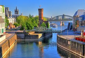 Rheinauhafen mit Malakowturm und Drehbrücke, Köln, Nordrhein-Westfalen, Westdeutschland, Deutschland