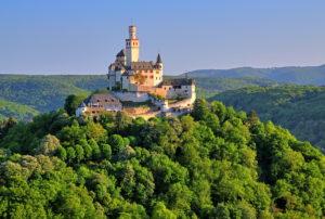 Marksburg über dem Rheintal, Braubach, Rhein, Mittelrheintal, Rheinland-Pfalz, Westdeutschland, Deutschland