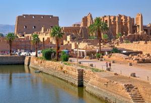 Heiliger See mit Karnaktempel, Karnak bei Luxor, Oberägypten, Ägypten