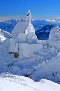 Kirche auf dem Wendelstein im Winter, Leitzachtal, Bayrischzell, Mangfallgebirge, Oberbayern, Bayern, Deutschland