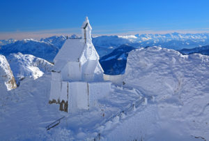 Church on the Wendelstein in winter, Leitzach valley, Bayrischzell, Mangfall Mountains, Upper Bavaria, Bavaria, Germany