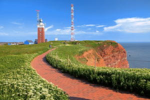 Round trip on the cliffs on the Oberland with lighthouse and transmission tower, Heligoland, Helgoland Bay, German Bight, North Sea island, North Sea, Schleswig-Holstein, Germany