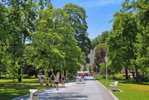 Promenade in the spa park, Marienbad, spa triangle, Bohemia, Czech Republic