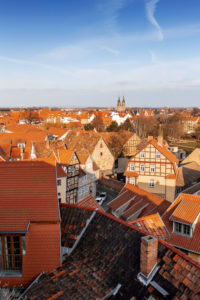 Quedlinburg im Harz von oben, Sachsen-Anhalt, Deutschland