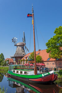 Pancake ship Antje, windmill at the Großefehnkanal in Ostgroßefehn, Eastern Friesland,