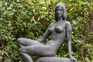 Naked female figure, Ohlsdorf Cemetery, Hamburg,