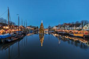 Christmas mood in the museum harbor of Carolinensiel, East Frisia,