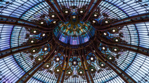 Europe, France, Paris, Galeries Lafayette, glass dome