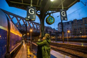 Europe, France, Paris, station gare de l'est, farewell