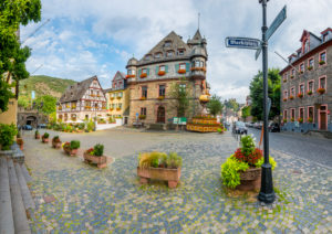 Oberwesel market square, Middle Rhine, town hall, Römerkrug, city wall, city administration, Unesco World Heritage Upper Middle Rhine Valley,