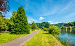 Waterfront promenade near Traben-Trarbach, Middle Mosel, Ernst-Spies-Allee, Moselle romance,