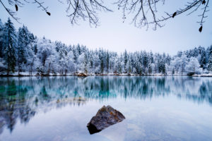 Germany, Bavaria, Alps, Garmisch, Badersee lake, Grainau, winter, cold, blue, wood, snow, ice, frost, firs, blue, lake, stones, rocks, scenery,