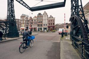 Stimmungsvolle Stadtlandschaft aus Amsterdam in den Niederlanden
