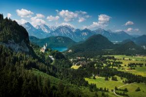 Germany, Bavaria, Allgäu, Füssen, Hohenschwangau, Neuschwanstein Castle, Alps, idyllic view
