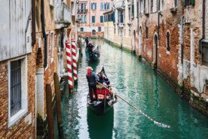 Gondoliere, Kanal, Venedig, historisches Zentrum, Venetien, Italien, Norditalien, Europa