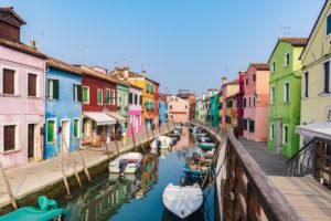 Burano, Venedig, Insel, Venetien, Italien, Norditalien, bunte Fischerhäuser, Europa
