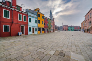 Burano, Venice, Island, Veneto, Italy, Northern Italy, colorful fishermen's houses, leaning church tower, Europe
