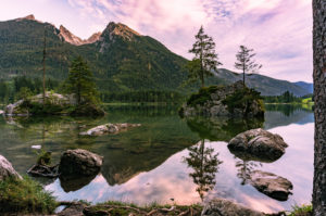 Hintersee, evening, reflections in the water, Ramsau, Berchtesgadener Land, Berchtesgaden, Bavaria, Germany, Europe