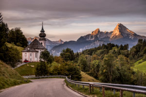 Idyllic country road in Germany, Bavaria, Upper Bavaria, Berchtesgadener Land, Berchtesgaden