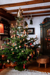 Christmas like in the old days, idyllic parlor