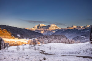 Wintry landscape, Ramsau near Berchtesgaden, Bavaria, Germany, idyllic mood with the first snow at the mountain climbing village of Ramsau