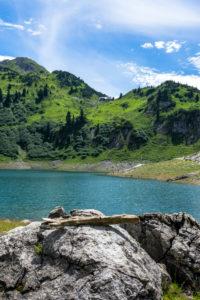 Austria, Vorarlberg, Lechquellen Mountains, Dalaas, Formarinsee close Freiburger Hütte in the background
