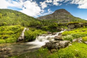 Österreich, Vorarlberg, Lechquellengebirge, Dalaas, der Lech kurz nach seinem Ursprung