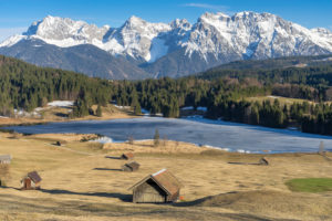 Germany, Bavaria, Werdenfelser Land (region), Gerold, view over the hummocky meadows and the Gerold Lake to the Karwendel Mountains