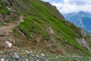Europe, Austria, Tyrol, East Tyrol, Kals am Großglockner, narrow mountain path on the Sudeten German high path in the Hohe Tauern