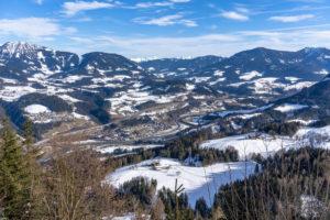 Europa, Österreich, Berchtesgadener Alpen, Salzburg, Werfen, Ostpreussenhütte, Blick auf das Talbecken bei Werfen und das Tennengebirge