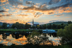 Moselle shore with evening sky in front of Trittenheim