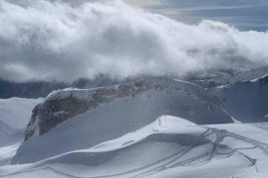 Switzerland, Graubünden, Samnaun, Alp Trida, snow flurries on the Muller