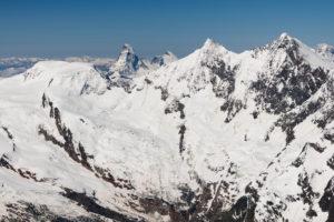 Schweiz, Kanton Wallis, Saastal, Saas-Fee, Feegletscher mit Blick auf  Alphubel, Matterhorn, Dent d'Herens, Täschhorn, Dom, im HIntergrund Mont Blanc