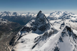 Italy, Piedmont, Switzerland, canton Valais, Valais Alps, Zermatt, in the foreground Dent d'Herens from above and Matterhorn from the west with Liongrat and Zmuttgrat, in the background cathedral, Täschhorn, Alphubel, Allalinhorn, Rimpfischhorn, Strahlhorn, Monte Rosa, Liskamm, Castor and Breithorn