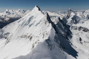 Switzerland, canton of Valais, Valais Alps, in the foreground Weisshorn Nordgrat, in the background Monte Rosa, Liskamm, Castor, Zinalrothorn, Obergabelhorn, Matterhorn and Dent d'Herens