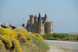 Chateau Turpault on the Cote Sauvage coast, Quiberon peninsula, Departement Morbihan, Atlantic, Brittany, France