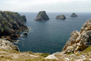 Pointe de Penhir, with the rock formation 'Tas de Pois', Finistere, Crozon peninsula, Atlantic, Brittany, France