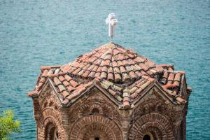 The church of St. John of Kaneo (Sveti Jovan Kaneo) from the 13th century stands directly on the edge of Ohridsko Ezero, Ohrid, Macedonia.