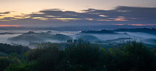 Europe, Italy, Tuscany, Siena Province, San Gimignano,