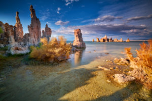 USA, United States of America, Mono County, Lee Vining, Mono Lake, Sierra Nevada, South Tufa Area, California