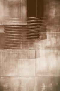 abstrakte Verfremdung von Schrauben mit einem Gewinde
