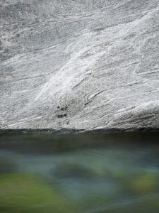 fließendes Wasser, Felsen,