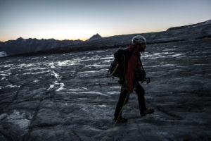 Mountaineer in front of sunrise, sunrise, horizontally, ice, glacier, the sun, loneliness, silence, glacier, destination, success, sunrise,