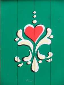 Rustic painting on wood, heart motif